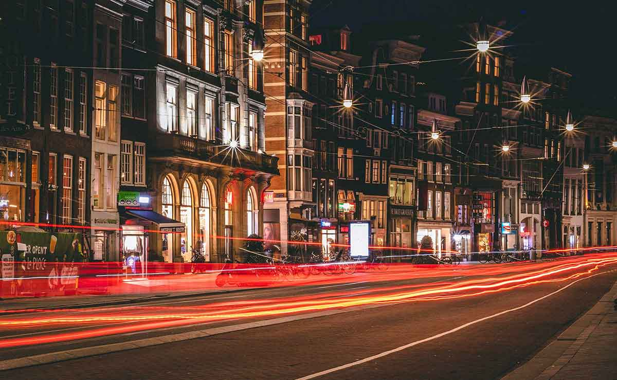 amsterdam-street-netherlands
